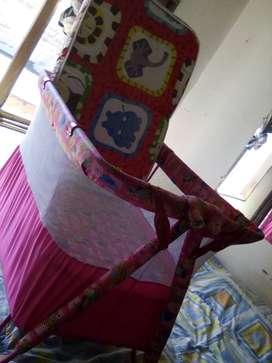 Corral para niña NUEVO!, de color rosa, estampado de animales, de dos niveles, con colchoneta para la bebé