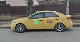 Se vende taxi Kia cerato - año 2011