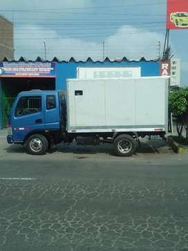 Camión tipo furgón (EN CHORRILLOS)