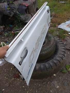 Compuerta para Chevrolet Luv estado 9/10, original