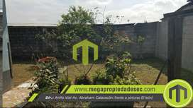 Vendo amplia casa en sector Santa Martha