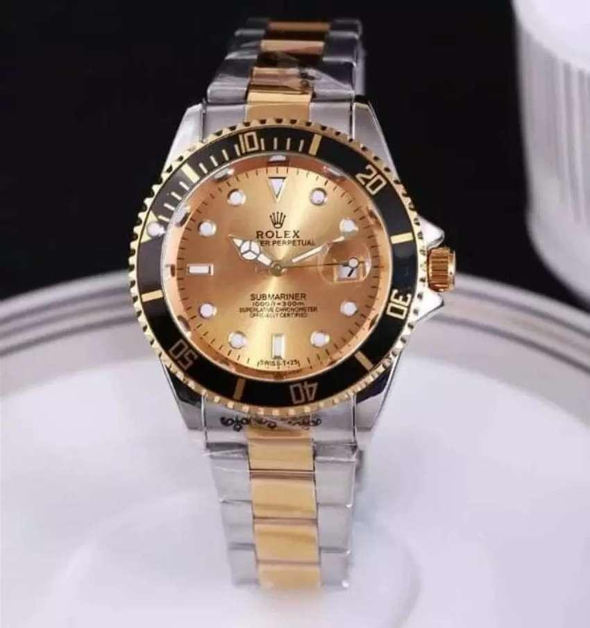 Reloj Rolex Submariner Esfera dorada