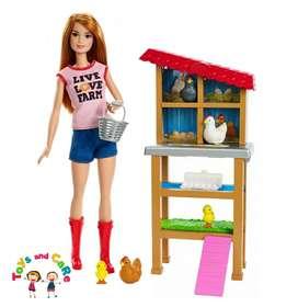 Nuevo Original Barbie granjera y sus gallinas