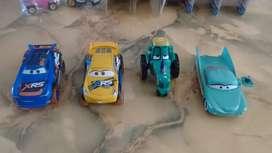 Cars Disney Pixar Nuevos pero sin empaque Flo, Cruz Ramirez, Tractor