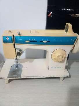 Máquina de coser singer cachaca 288