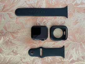 Apple Watch Series 6 GPS 44 mm Gris Espacial / Correa Negra