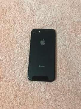 iPhone 8 flamante sin huella