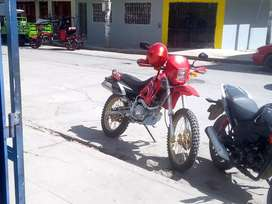 Moto chacrera WX 200 GY