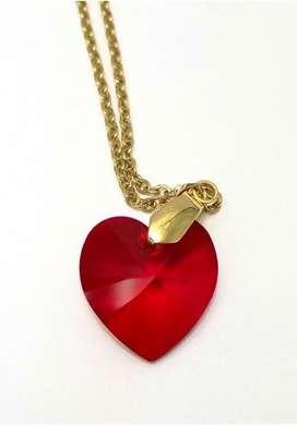 Collar [ LOVELY ] Corazon Cristal Swarovski® y Cadena en Acero Quirúrjico Antialérgico