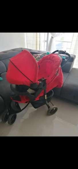 Coche para bebé marca bebesit