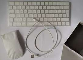 MAGIC KEYBOARD Y MAGIC MOUSE 2 APPLE  (iMAC)