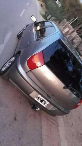 Fiat palio 1999 impecable estado de motor 10 puntos chapa 8 pintos pintura solo detalles por el modelo