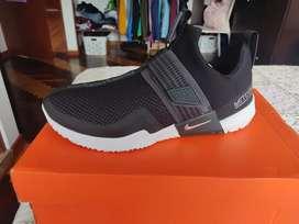 Remato Zapatillas Nike Metcon SPORT originales talla 9 Usa
