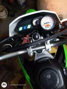 Vendo Moto KLX150J