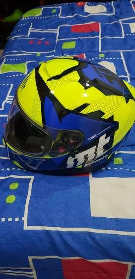 Vendo casco MT