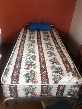 Cama y colchón