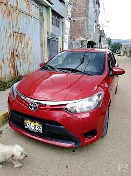 .Toyota yaris en ocacion