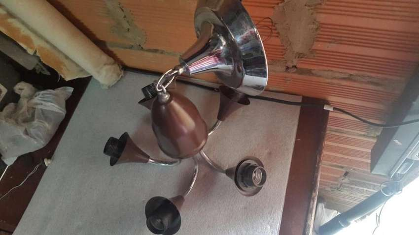 lampara de techo cinco luces. para bombillos vintage 0