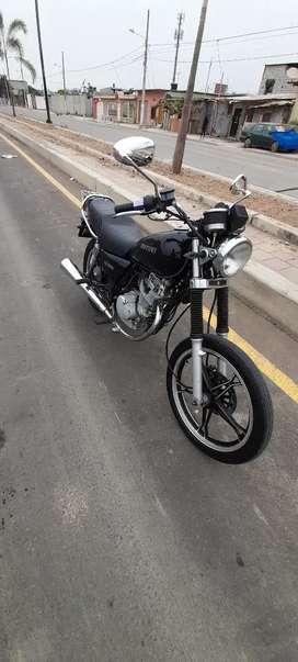 Vendo moto suzuki gn125 del año 2018