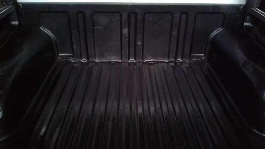 Camiometa masda doble cabina 0