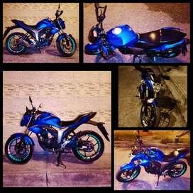 Vendo moto Suzuki Gixxer 155  en buen estado.
