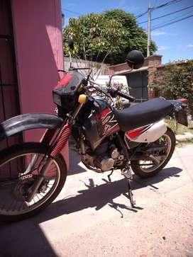 Honda Xr 200 modelo 2000