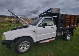 Vendo camioneta B2600 4×4 boble bajo