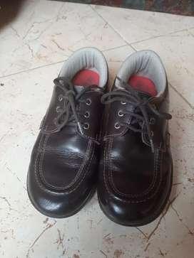 Vendo zapatos de colegio