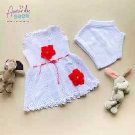 Vestido flor tejido bebe