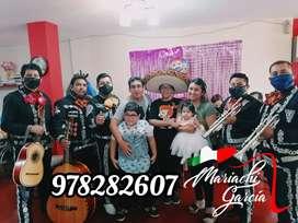 Mariachis en Trujillo