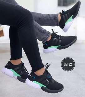 Zapato Tennis Deportivo Adidas POD Para Hombre