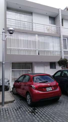 Vendo Casa en Residencial Privada en Yanahuara