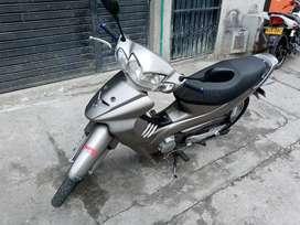 Suzuki best 125 2007 en exelentes condiciones y papeles hasta julio