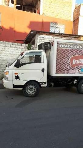 H100 con furgon refrigerado