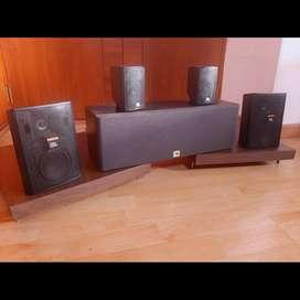 5 jbl parlantes bafles monitores yamaha technics Bose harman jbl sansui