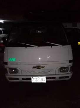 Chevrolet wfr modelo 1993, recién pintada tapicería nueva llantas nuevas recién reparada