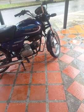 Vendo moto ecomax en buen estado