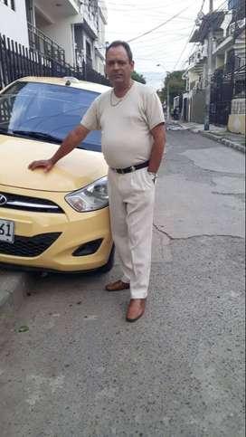 Me ofresco como conductor de taxi con aire papeles al dia