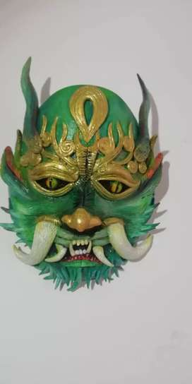 Máscara dragon plástico y resina