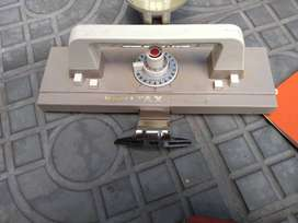Máquina de tejer Knittax con accesorios