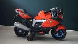 Motocicleta electrica para niño/a