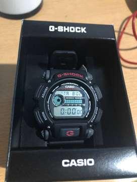 Reloj Casio Dw-9052-1v Hombre G-shock