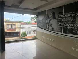 Edificio de Oficinas Barrio La Grama