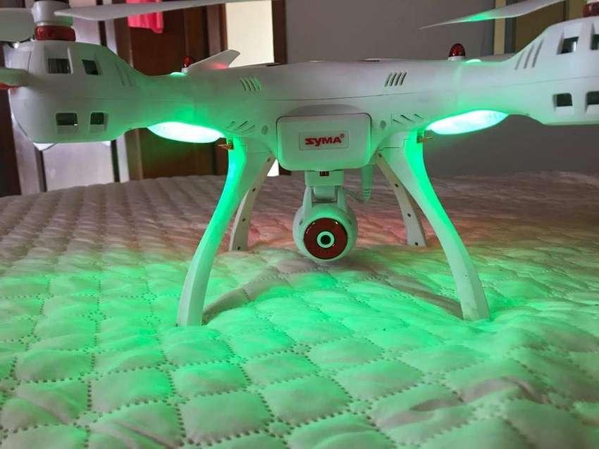 Dron Syma en excelente estado 0