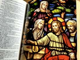 Vendo mi SAGRADA BIBLIA más las tablitas de los 10 mandamientos