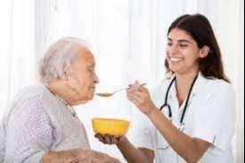 Cuidadora adultos mayores,  ofrezco servicio de