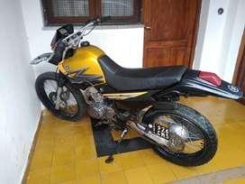 XT Yamaha 225