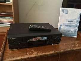 VIDEO CASSETTE RECORDER PHILIPS VHS PHILIPS MODELO VR499