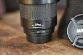 Vendo Nikon 70 300 1:4-5.6g