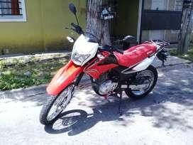 Vendo moto honda xr 150 l